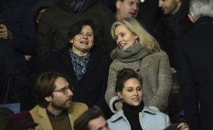 Roxana Maracineanu (à gauche) dans les tribunes du Parc