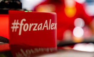 Les voitures de Ferrari arboraient un message de soutien à Alex Zanardi, le 2 juillet 2020, lors de la reprise de la F1 en Autriche.