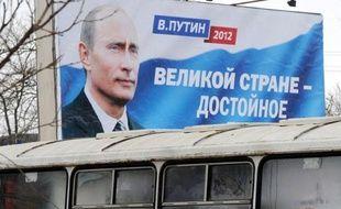 Pour la présidentielle, Poutine sera confronté à quatre concurrents, qui se sont gardés d'attaquer frontalement le régime tandis que les critiques du pouvoir n'ont pas pu présenter de candidat.