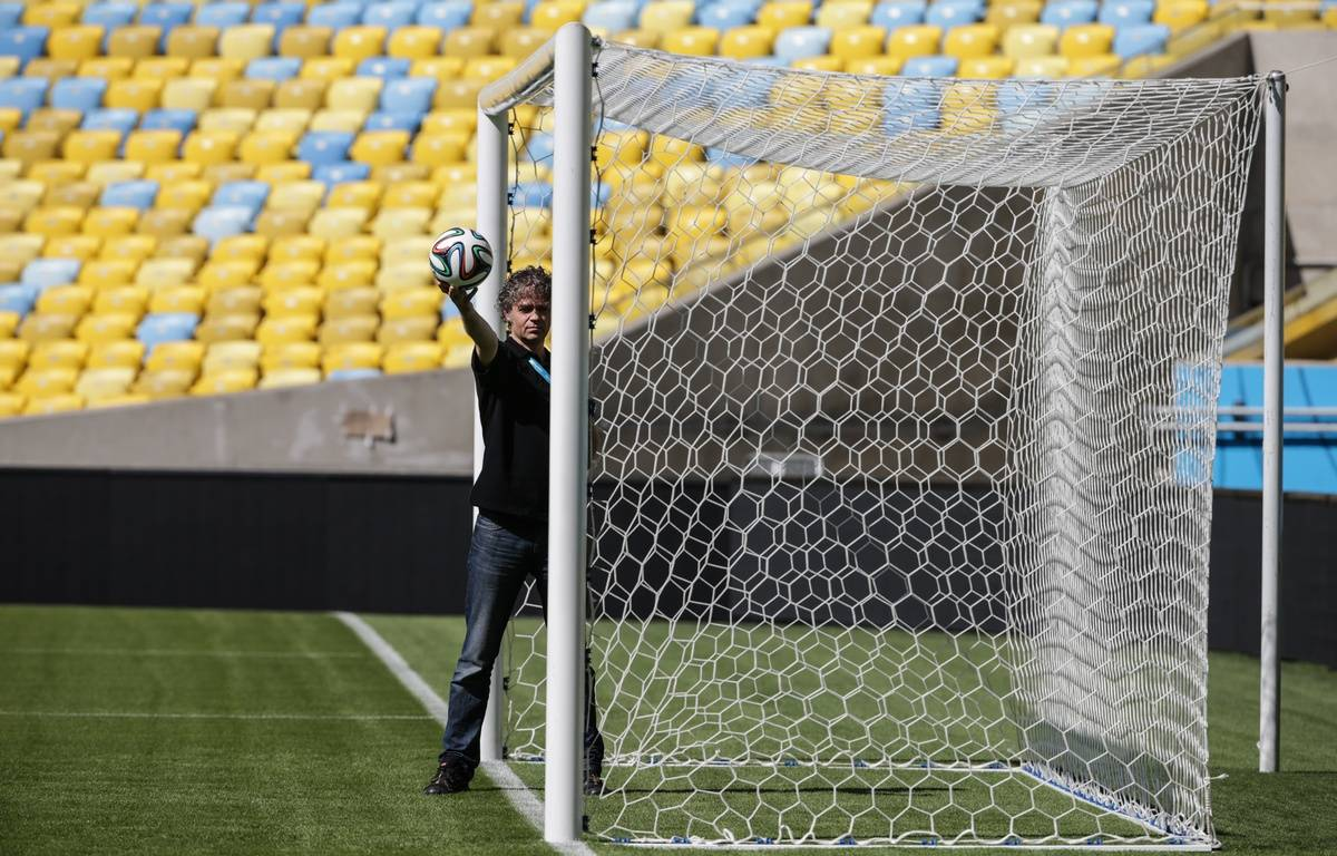 Démonstration de la Goal line technology utilisée pour la première fois par la Fifa lors de la Coupe du monde 2014. A Rio, le 9 juin 2014. – YASUYOSHI CHIBA / AFP