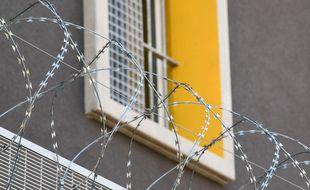 Le professeur Jean-Bernard Fourtillan, poursuivi pour des essais thérapeutiques illégaux, a été placé en détention provisoire. (Illustration)