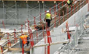 La clause Molière vise à imposer le français sur les chantiers afin de lutter contre le recours aux travailleurs détachés. (Illustration)