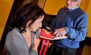 Aujourd'hui, environ 15 millions de Français souffrent d'hypertension artérielle, mais nombreux sont ceux chez qui la maladie n'a pas encore été diagnostiquée.