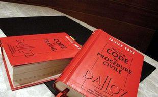 Le codes, du travail et de procédure civile, côte à côte
