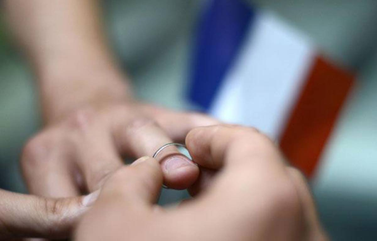 Illustration mariage homosexuel, le 18 septembre 2012 à Paris.   – K. TRIBOUILLARD /AFP PHOTO
