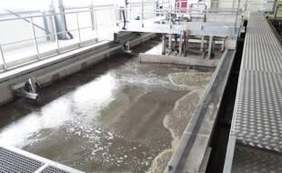 Une station d'épuration pour le traitement des eaux usées. (Illustration)