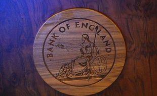 La Banque d'Angleterre (BoE) devrait maintenir jeudi son taux directeur avant de modifier probablement sous peu ses orientations de politique monétaire alors que le chômage baisse plus rapidement que prévu en Grande-Bretagne.