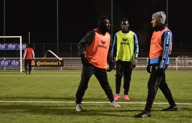 Les joueurs s'amusent de la venue de médias devenue fréquente à Sarreguemines, sans pour autant perdre de vue le réel objectif de la compétition.