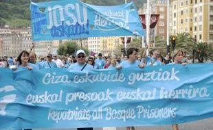 Le prisonnier gravement malade de l'ETA, dont la situation avait déclenché une vague de protestation chez les détenus basques en Espagne et en France, a abandonné mercredi sa grève de la faim après deux semaines, a annoncé le porte-parole d'un collectif de soutien.