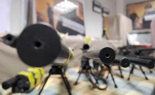 A Marseille, la question de la circulation des armes refait surface à chaque nouvel accès de violences, ou à chaque nouvelle saisie, comme celle réalisée lundi. Magistrats, policiers et experts le constatent : l'accès aux armes de guerre - dont l'emblématique kalachnikov - est plus facile qu'il y a quelques années et leur utilisation plus fréquente.