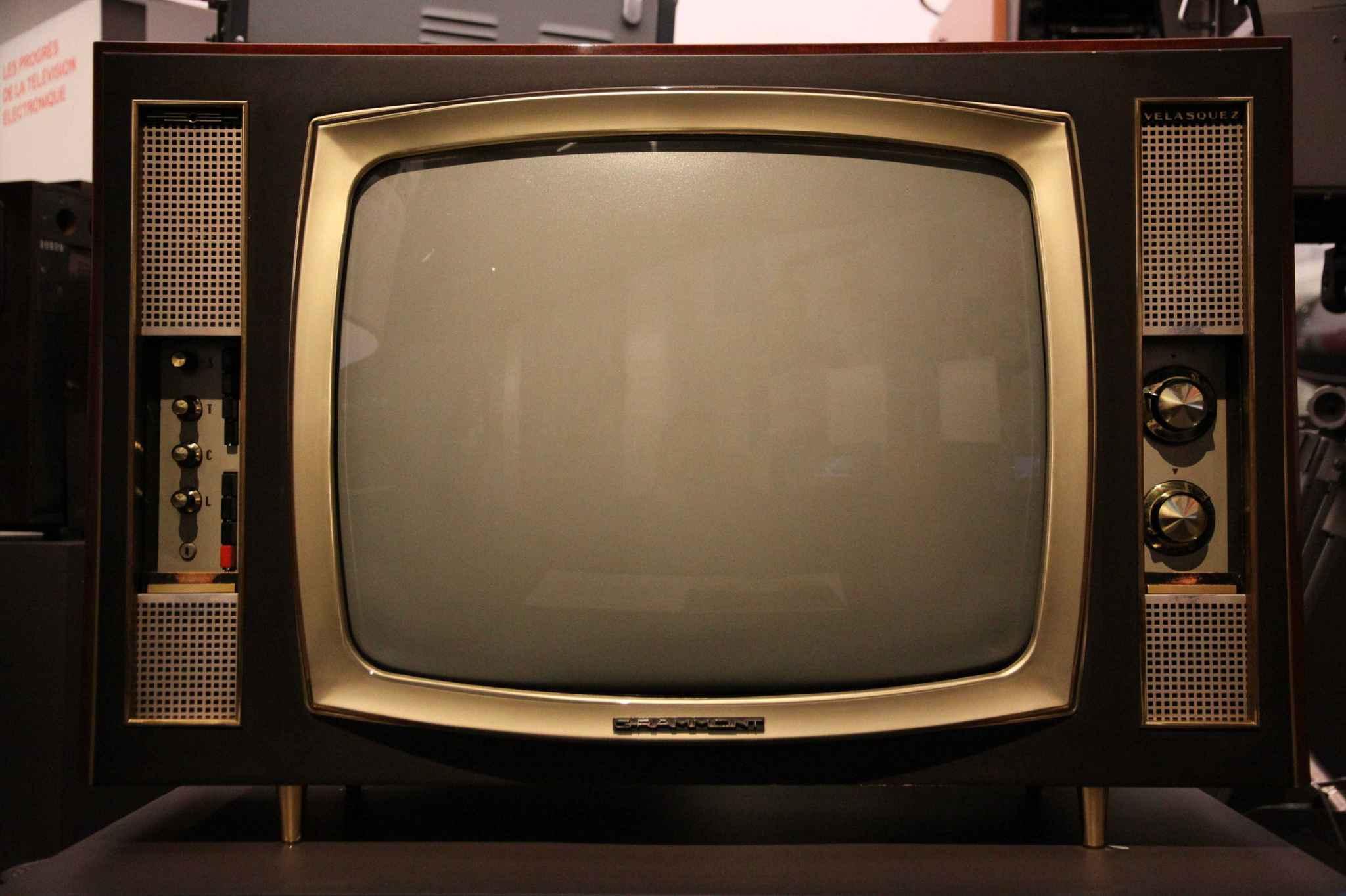 Inquiétant: un fabricant avoue que ses téléviseurs espionnaient tous ses clients!
