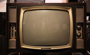 Un poste de télévision....