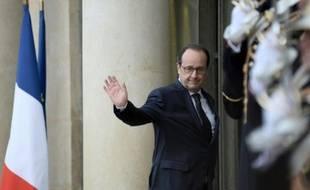 Le président de la République François Hollande à l'Elysée à Paris, le 26 avril 2016