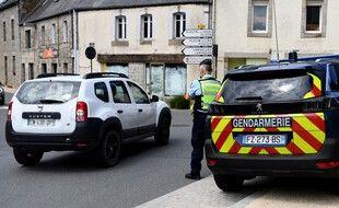 Les gendarmes en mission de surveillance à Plouaret, dans les Côtes-d'Armor, où sera retrouvé le petit Dewi, avec son père soupçonné d'enlèvement.