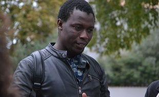 L'enseignant sénégalais Moustapha Gueye officie en tant que professeur de sciences physiques depuis février 2017