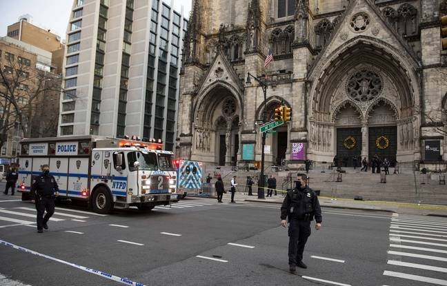 648x415 la police de new york bloque l acces a la cathedrale st john the divine le 13 decembre 2020