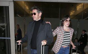 Le réalisateur Paul W. S. Anderson et sa femme, l'actrice Milla Jovovich à l'aéroport de Los Angeles (LAX)