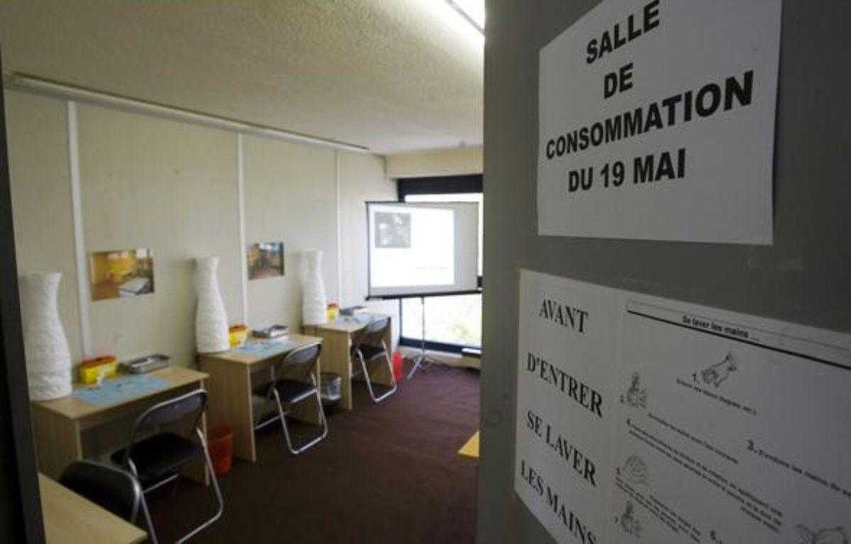 Présentation d'une salle de consommation et d'injection à moindre risque pour les toxicomanes, le 18 mai 2009, à Paris. – VALINCO/SIPA