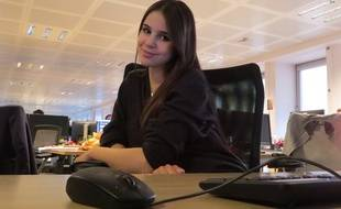 La chanteuse Marina Kaye en chat chez 20 Minutes, le 10 novembre 2015.