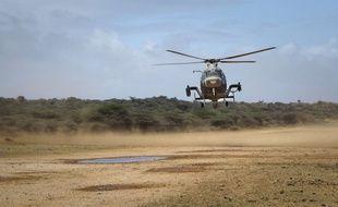 Un hélicoptère de l'armée kényane à Kismayo, en Somalie, le 2 octobre 2012.