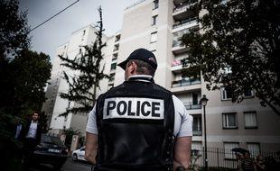 «On a tous des collègues qui se sont suicidés dans notre entourage», confie un policier  à 20 Minutes.