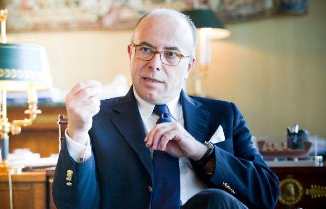 Bernard Cazeneuve, le ministre du Budget dans son bureau à Bercy le 19 juin 2013