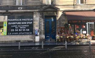 """Les commerçants du cours Pasteur à Bordeaux sont en première ligne lors des manifestations """"gilets jaunes""""."""