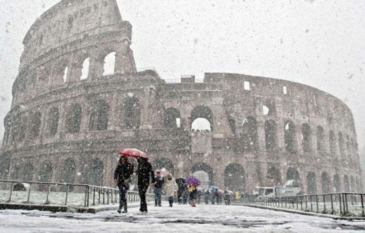 Le Colisée sous la neige, Rome, le 12 février 2010. – AP / SIPA