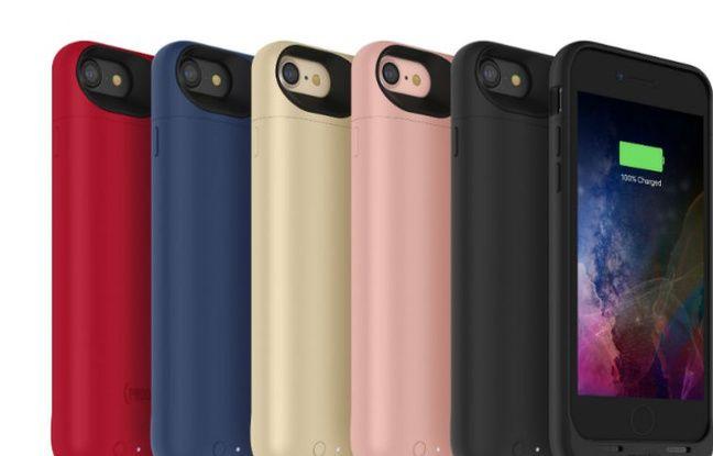 Dédiée aux iPhone 7 et 7 Plus, la Juice Pack de Mophie (109,95 euros) fait aussi le plein de couleurs.