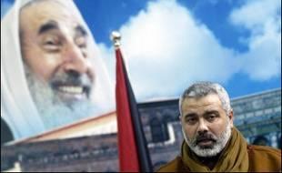 Ismaïl Haniyeh a déjà échappé à une tentative d'assassinat en septembre 2003 alors qu'il était en compagnie de cheikh Yassine. Un avion de combat israélien avait largué une bombe sur une maison de Gaza où les deux hommes se trouvaient. Il a également été emprisonné plusieurs fois par Israël durant la première Intifada qui a éclaté en 1987. Il a été détenu durant 18 jours en 1987, six mois en 1988 et trois ans à partir de l'année suivante.