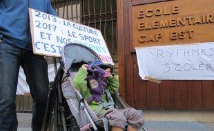 Marseille, le 7 novembre 2014, des parents d'eleves occupent l'ecole Cap Est.