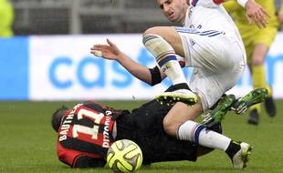 Maxime Gonalons et l'OL ont lourdement chuté face à Eric Bauthéac et l'OGC Nice samedi.