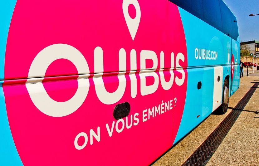 Loiret: Une femme oubliée sur une aire d'autoroute, le car Paris-Toulouse repart avec ses deux enfants