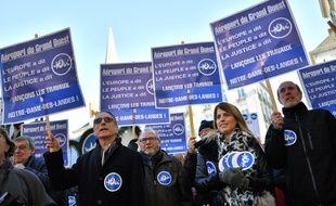 Des manifestants partisans de l'aéroport de Notre-Dame-des-Landes le 2 décembre 2017 à Nantes.