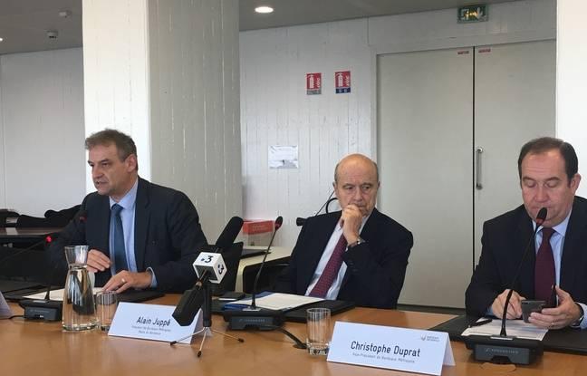Conférence de presse suite à la panne sur le réseau TBM: de gauche à droite: Herve Lefèvre, Alain Juppé et Christophe Duprat.