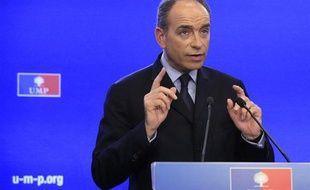 Jean-François Copé lors de son (troisième) discours de victoire, le 26 novembre 2012, au siège de l'UMP à Paris.
