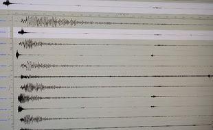 Un sismographe. (illustration)