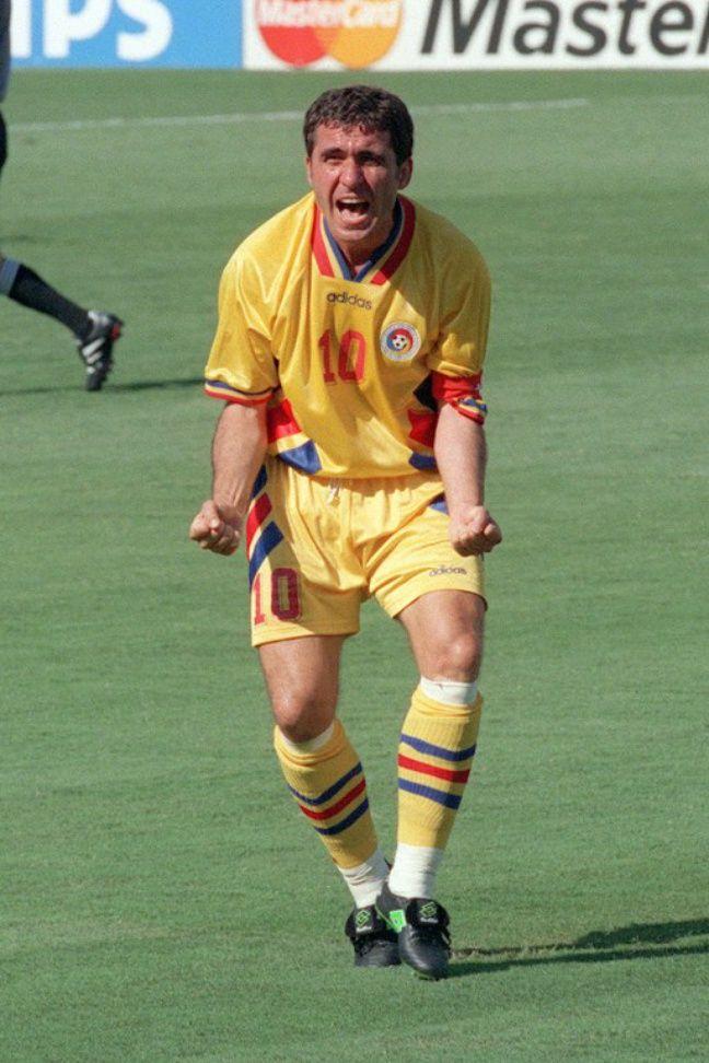 George Hagi lors de la Coupe du monde 1994, où les Roumains avaient atteint les quarts de finale.