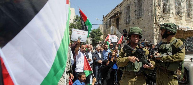 Une manifestation palestinienne à Hébron en Cisjordanie, le 15 septembre 2017.