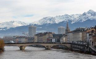 Gouffre financier ou véritable succès? Comment la ville de Grenoble a bénéficié de l'organisation des JO en 1968?
