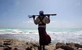 """Les pirates somaliens ont réussi l'assaut, ils sont à bord. Mais le navire est vide, désert: l'équipage s'est réfugié dans une """"citadelle"""", chambre forte qui va leur permettre d'attendre l'arrivée des secours."""