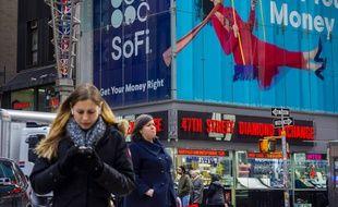 Les écrans publicitaires vidéos ont envahi l'espace public