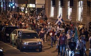 Un timide espoir de compromis se faisait jour dimanche au Québec, au 105e jour du conflit étudiant qui avait pris l'allure de contestation plus générale du gouvernement de centre-droit et relancé le débat droite-gauche pour les années à venir