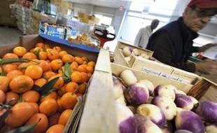 Les députés ont adopté dans la nuit de lundi à mardi un amendement permettant l'achat de fruits et légumes avec des tickets-restaurants, au fil d'un long débat sur la prévention dans le cadre du texte santé de la ministre de la santé Roselyne Bachelot.