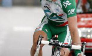 Dimitri Fofonov, le coureur kazakh de l'équipe française du Crédit Agricole, vainqueur de la dernière étape du Dauphiné Libéré, le 15 juin 2008.