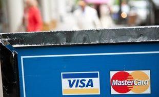Illustrations sur les groupes américains Visa et MasterCard qui font l'objet d'enquêtes de la Commission européenne pour pratiques anticoncurrentielles.