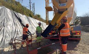 Le chantier de la création d'une quatrième voie ferrée entre Strasbourg et Vendenheim. Mundolsheim, le 15 octobre 2018.