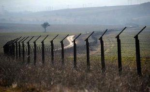 Le ministre bulgare des Affaires étrangères Kristian Viguenin a annoncé mercredi qu'il évoquerait la semaine prochaine avec son homologue français Laurent Fabius les arguments de Paris contre l'adhésion de la Bulgarie à l'espace Schengen de libre circulation