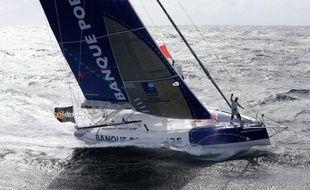 Le Français Armel Le Cléac'h a ravi à son compatriote François Gabart la première place du Vendée Globe dans la nuit de jeudi à vendredi, alors que le voilier de la Britannique Samantha Davies a démâté jeudi soir dans le nord de Madère.