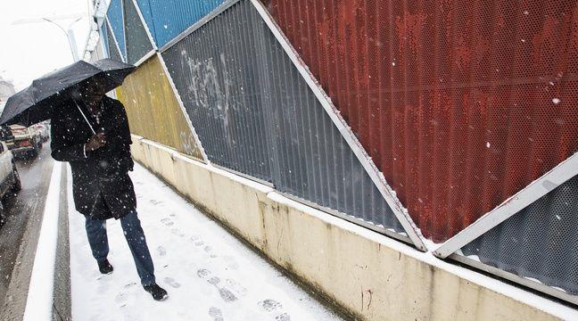 Météo France place 24 départements en vigilance orange neige